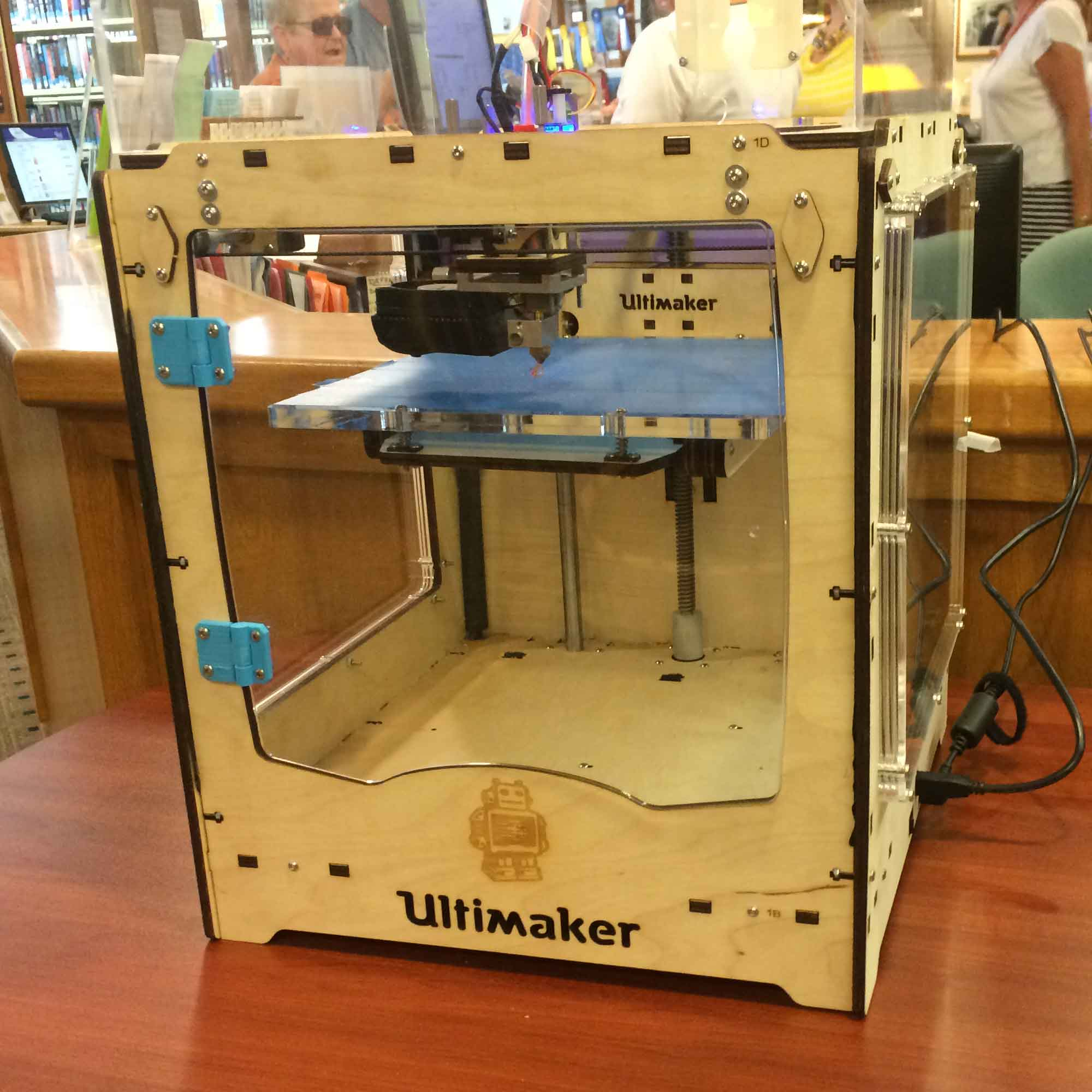 3D Printer Review: A Librarian's Perspective